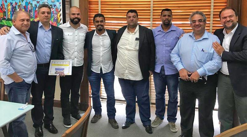 SindimotoSP leva demandas dos motociclistas para o prefeito de São Paulo Bruno Covas